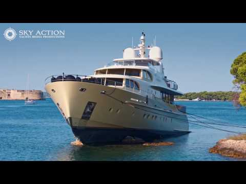 Perla Nero Luxury Yacht