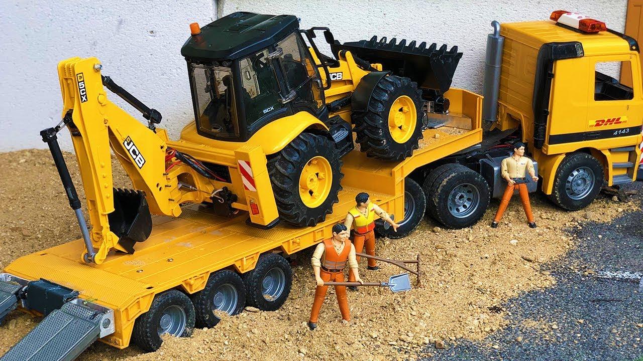 Bruder toys Tractor Excavator Broken Wheel! Tow truck transport action for children!