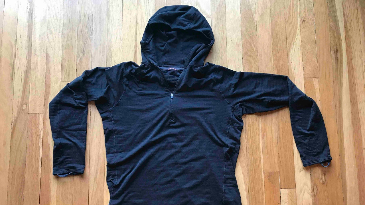 Patagonia Capilene Thermal Weight Zip-Neck Hoody Review - YouTube a693b0f56c54