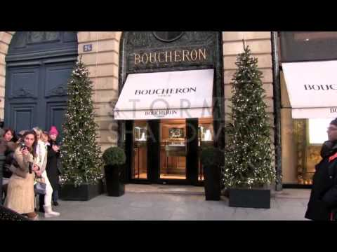 EXCLUSIVE - Celine Dion went for some shopping at Boucheron Jewelry store on Place Vendome in Paris