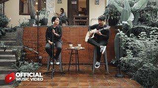 Maulana Ardiansyah - Tetap Disini (Official Acoustic Version)