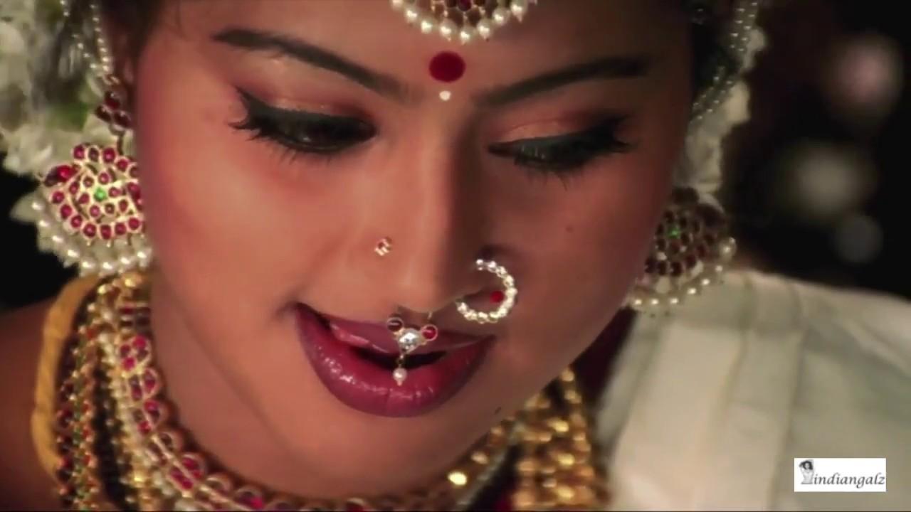 Sneha Hot Expressions Closeup Hd