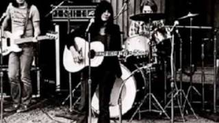 LINDA RONSTADT WHEN WILL I BE LOVED AND LOVE IS A ROSE LINDA RONSTADT LIVE 1976.wmv