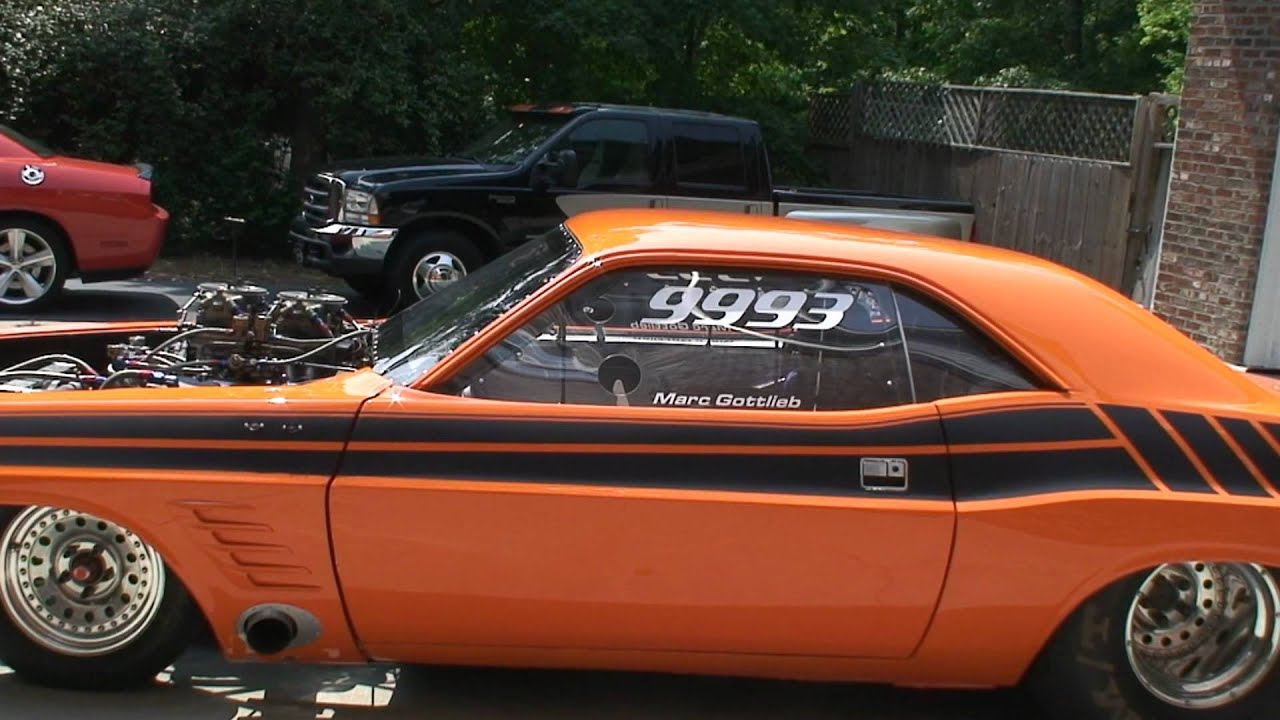 Dodge Challenger, Drag Racing, Drag car, Engine running - YouTube