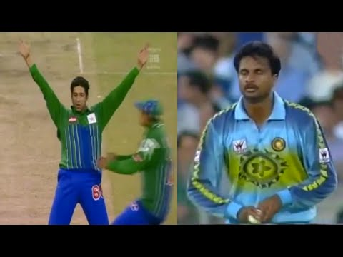 Wasim Akram & Javagal Srinath vs. Aussies