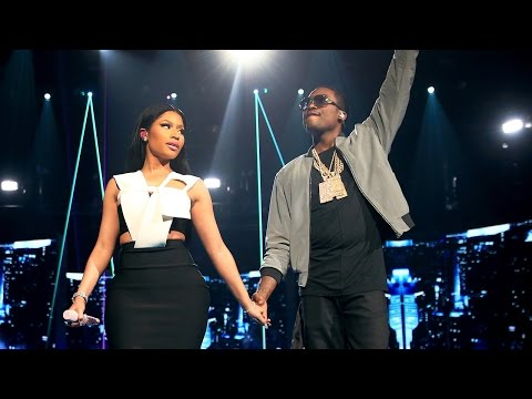 "Nicki Minaj and Meek Mill's Sexy ""All Eyes On You"" Performance 2015 BET Awards"