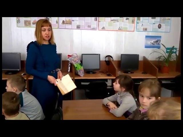 Изображение предпросмотра прочтения – ОльгаФедорова читает произведение «Считалки» (Русский фольклор )