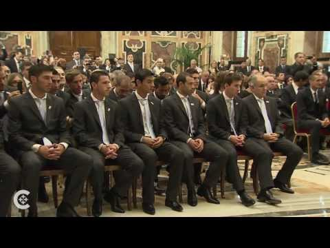 Soccer-loving pope meets star players