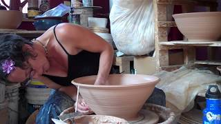 Throwing a Large Serving Bowl