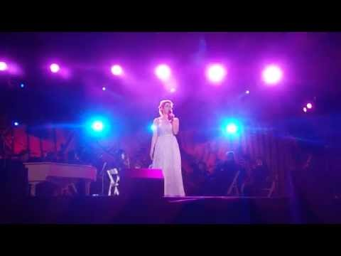 'I Dreamed A Dream' From Les Mis Performed By Lucy Maunder - 26 September 2015