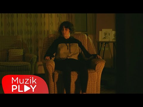 Kadife - Yerle Yeksan (Official Video)