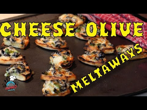Cheese Olive Meltaways || Holiday Appetizer Ideas