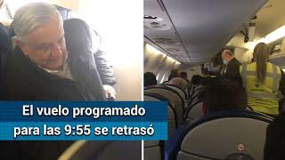 Por seguridad, familia deja vuelo en el que viaja AMLO