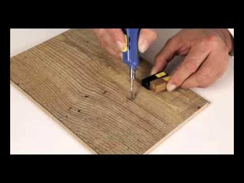 C mo utilizar el kit de reparaci n quick step youtube - Pasta para reparar madera ...