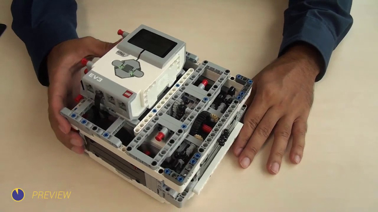 Box Robot Two  Use of the three LEGO Mindstorms EV3 motors