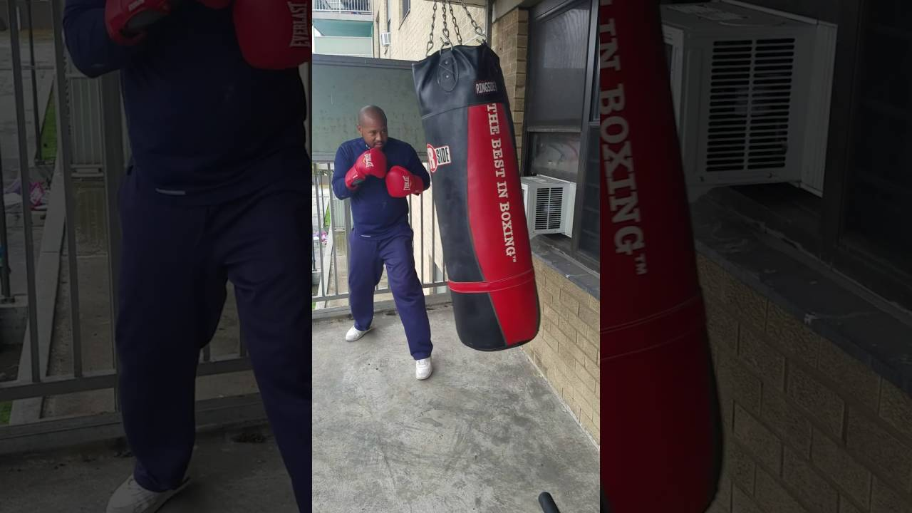 William Drayton Hitting A 150lb Heavy Bag