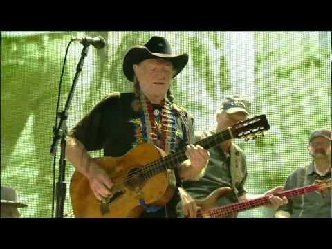 Willie Nelson -  Kansas City (Live at Farm Aid 2011)