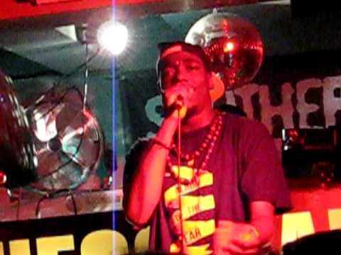 Hip Hop Karaoke London. 25/11/10. Bombs over Baghdad!