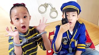 LoveStar Become a policeman and Catch a criminal / Fantastic Kids pretend play