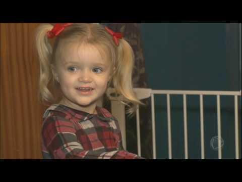 Menina De Três Anos Consegue Salvar A Vida Da Mãe Ao Ligar Para O Resgate