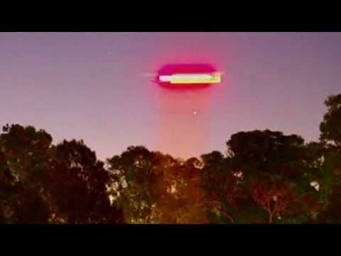 Russell Crowe claims he spotted a UFO