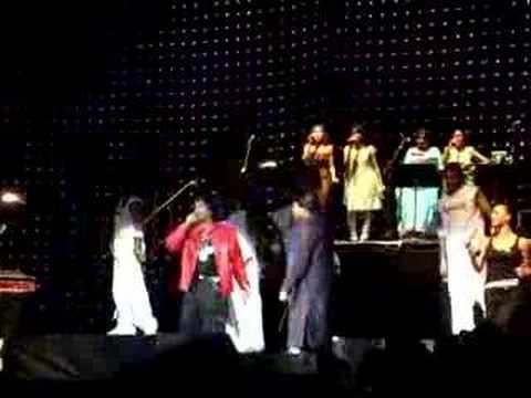 AR Rahman Concert: Roobaroo