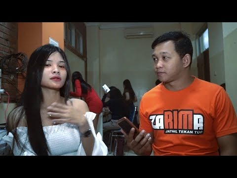 """Nina Kirana"" Singer Centil Yogyakarta [Penyanyi Lagu ""MATUR NUWUN""]"