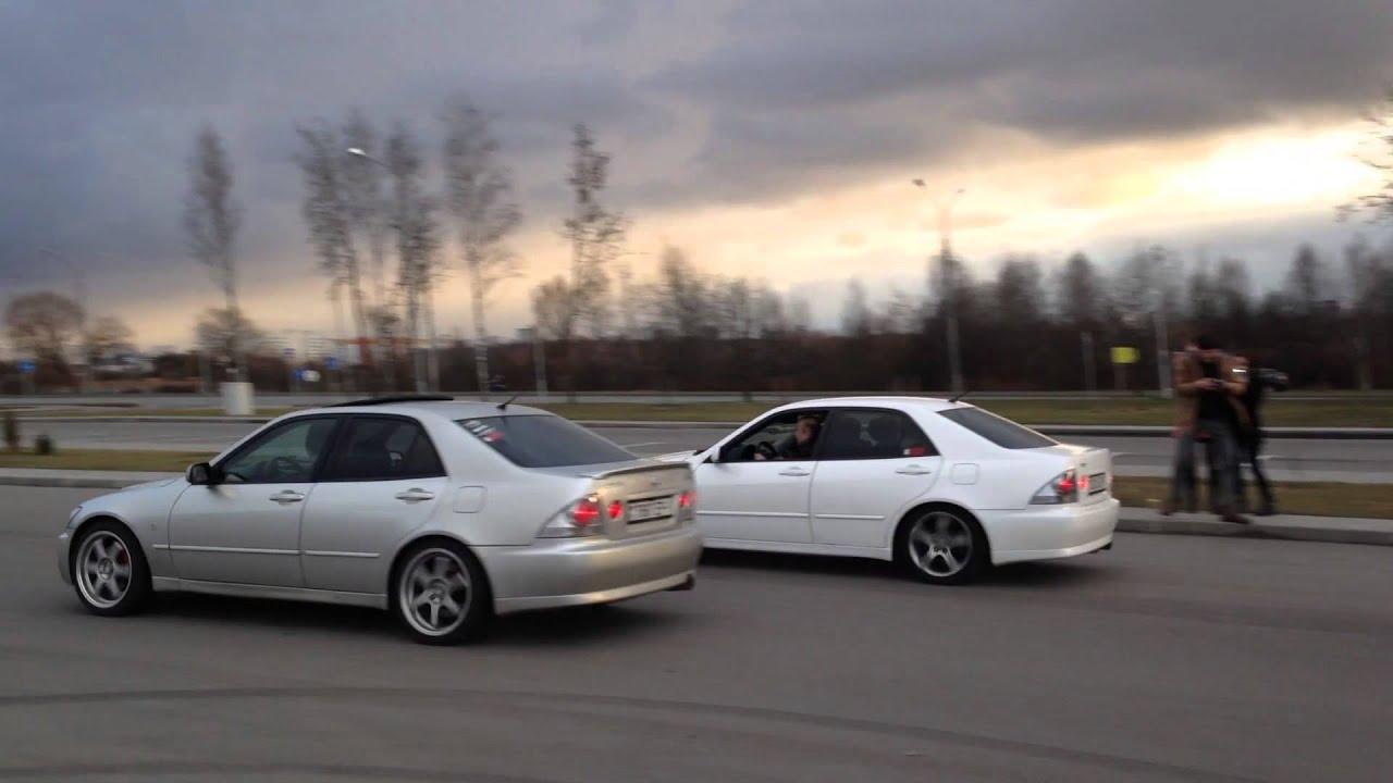 Altezza Vs Lexus Is200 Youtube