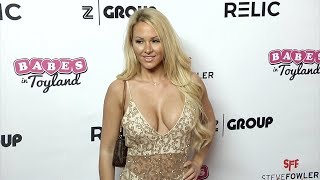 Kindly Myers 2018 Babes in Toyland Pet Edition Red Carpet