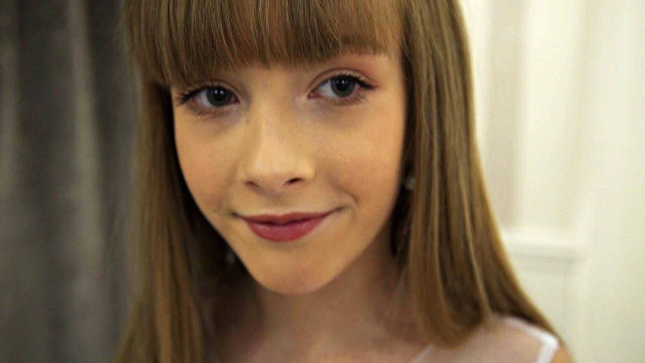 d18c6483e1 Sukienka Komunijna - Emmi Mariage Kids - model Alyssa 2018 - YouTube