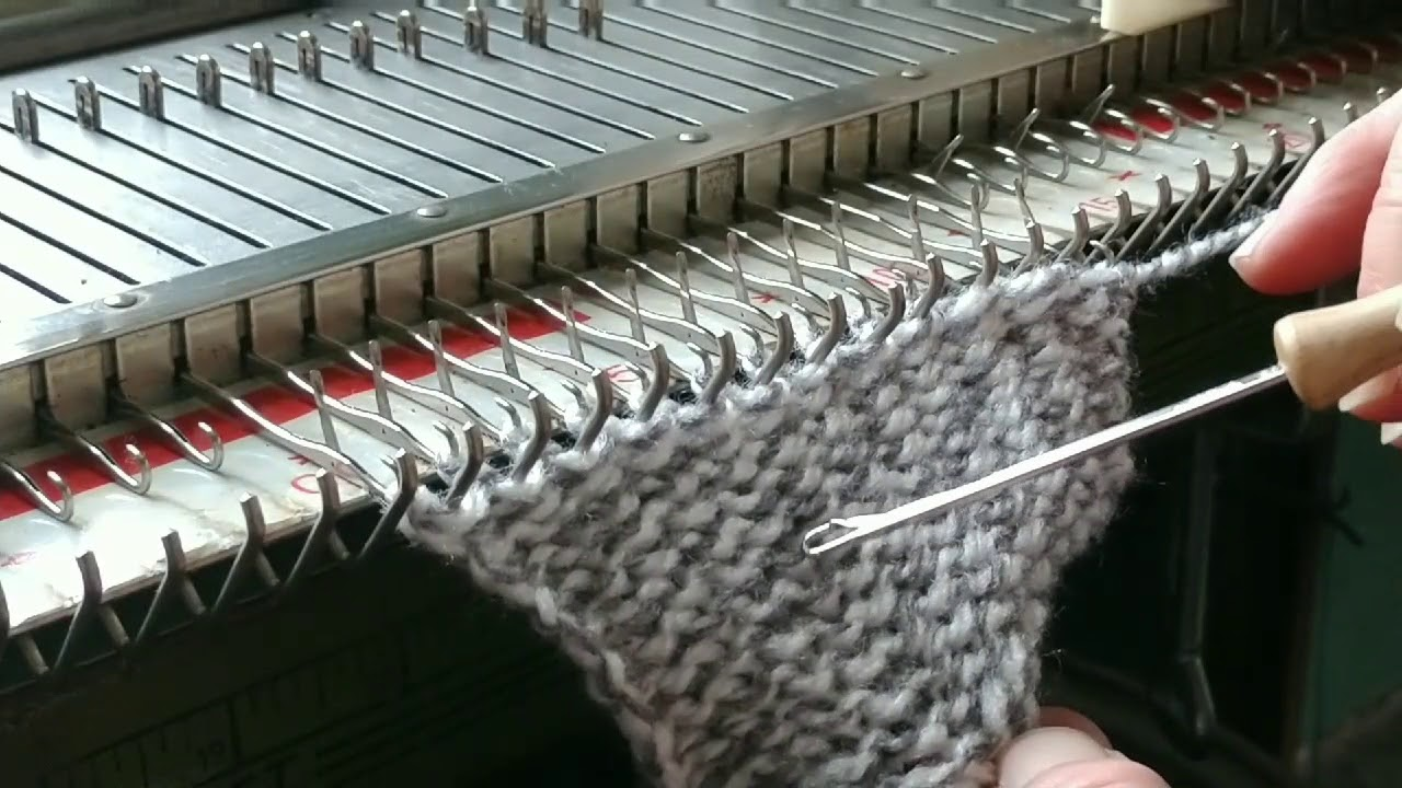 Knit a Sweater Garland on a Bulky Machine - YouTube