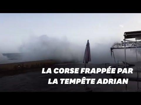 Les images de la violente tempête Adrian qui frappe la Corse