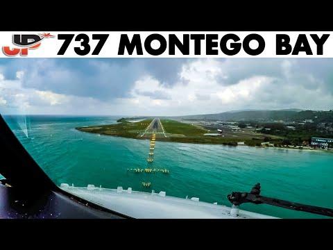 Piloting Boeing 737 800 into Montego Bay | Cockpit Views