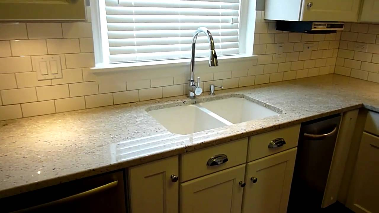 Bungalow Kitchen Renovation in Sauganash (Chicago) - YouTube