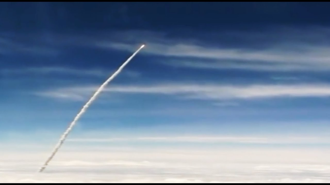 Rocket launch from an airplane 84