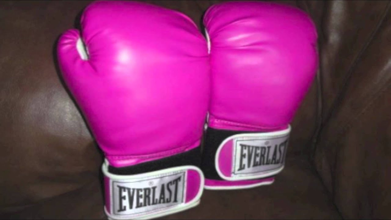 Hot pink boxing gloves for women boxers from everlast 16 oz glove hot pink boxing gloves for women boxers from everlast 16 oz glove sets to mma training gear youtube sciox Gallery
