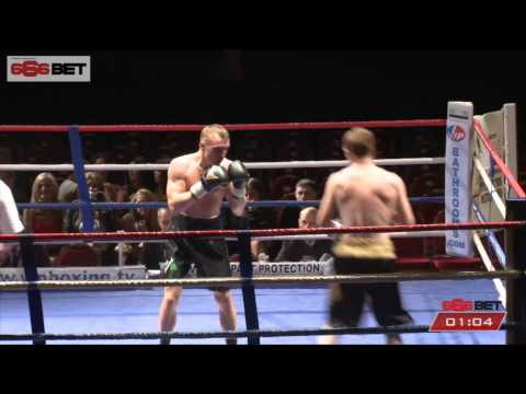 METCALF  V  WARBURTON - Liverpool Olympia, 21st March 2015