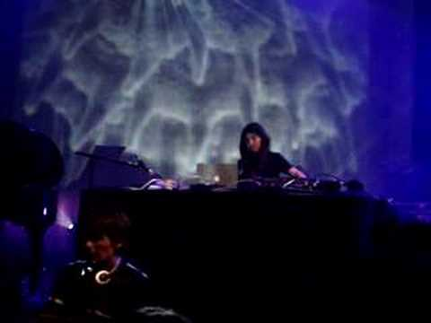 Alexander's Annexe feat Mira Calix @ Festival Electron 2007