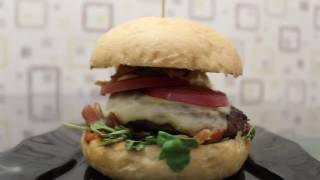 Гранд бургер из говядины от Smoke Box BBQ. Пенза(, 2016-08-22T07:47:09.000Z)