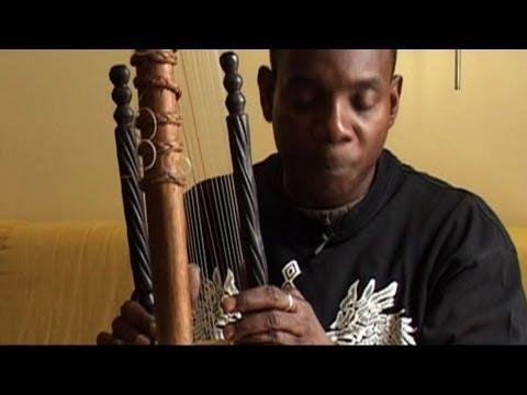 Toumani Diabaté se rappelle Ali Farka Touré