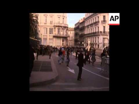 SYND 4 6 75  WINE GROWERS PROTEST AND CLASH WITH POLICE IN MONTPELLIER