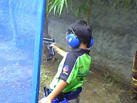 WORLD'S YOUNGEST SHARPSHOOTER MIKO ANDRES 6 year old