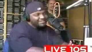 Er macht die stimmen von LL Cool J, Snoop Dogg,DMX,Jay-Z nac thumbnail