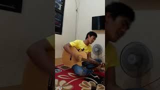 Download Video Vidio viral Pengamen Depok bawa lagu Andika kangen band judul Genting cover MP3 3GP MP4