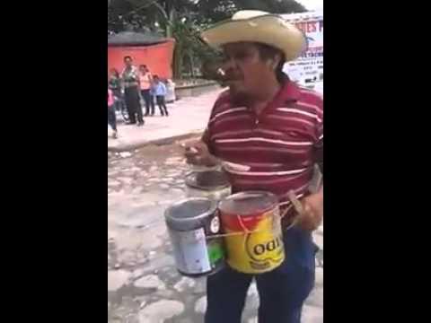 Cuidado cón los cables!! Ingenio mexicano!!