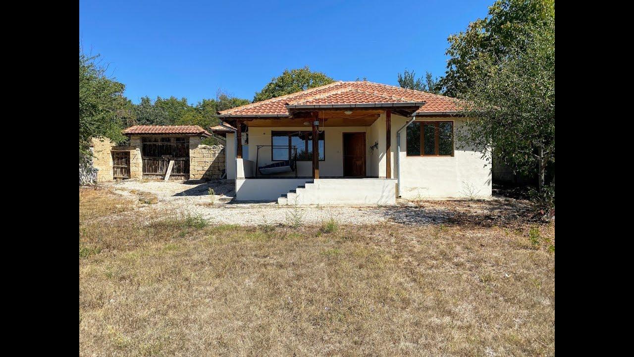 3-Zim-Steinhaus mit privatem 1140-qm-Garten in der Nähe von Provadia, Varna