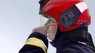 donning and adjusting the firefighter s helmet drger hps 7000