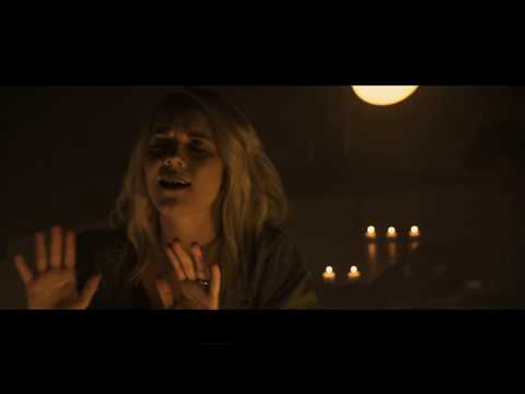 Just Want You by Sarah Reeves (OFFICIAL MUSIC VIDEO)