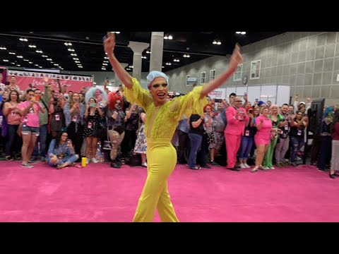 RuPaul's DragCon LA 2019 Pink Carpet Entrance