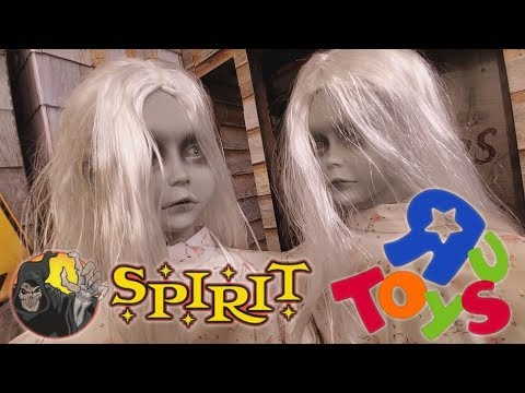 SPIRIT HALLOWEEN 2019 Inside The Abandoned Toys R Us !!